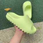 SELLER OF TOP QUALITY adidas yeezy slippers
